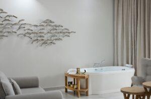 Anax Resort & Spa – Luxury Beachfront suite (4)